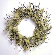 "18""Mossy Twig Wreath"
