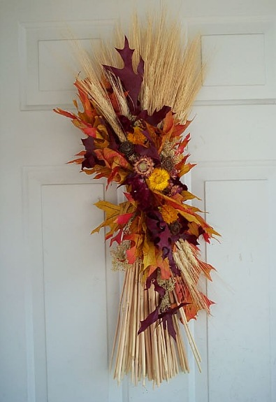 Fall Wheat Sheaf